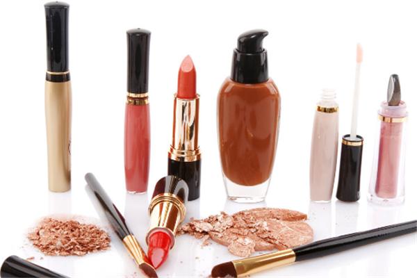 三株康美化妝品加盟
