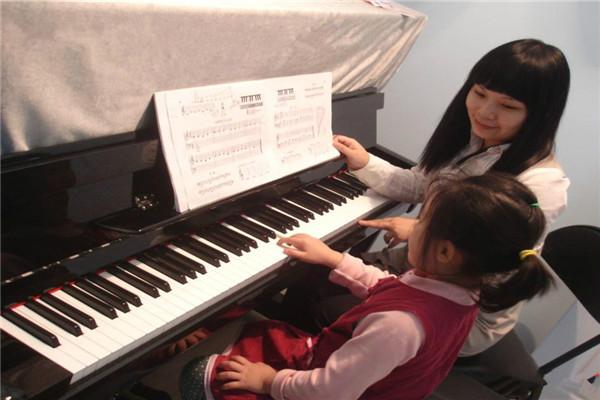 少儿艺术——钢琴培训