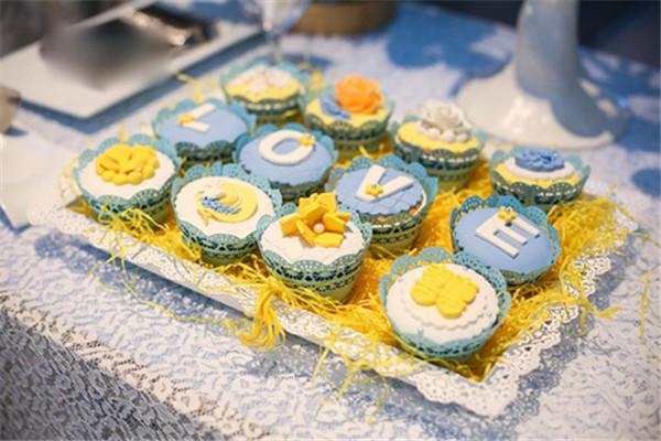 满记甜品每个季度都会推出新品上市