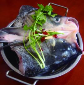 味当家鱼头火锅