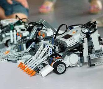 神通机器人教育加盟