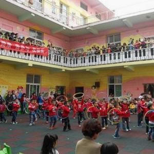 小龙人幼儿园诚邀加盟