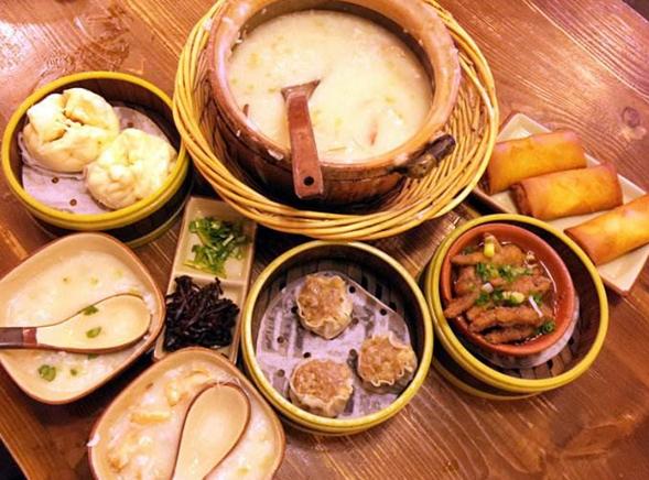 寶記潮汕砂鍋粥