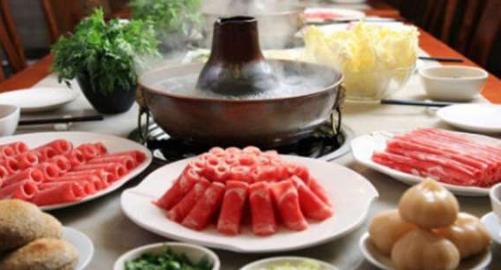 25元暢吃自助小火鍋