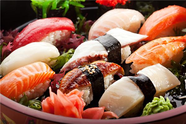 禾绿回转寿司加盟费多少