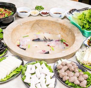 草帽蒸汽石锅鱼加盟