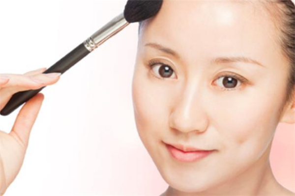 春雅化妆品加盟
