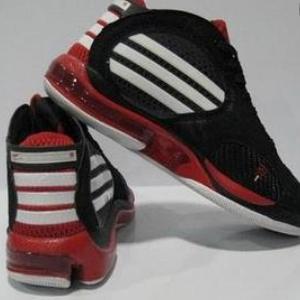 麥迪藍球鞋