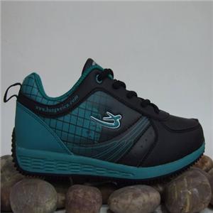 邦威运动鞋