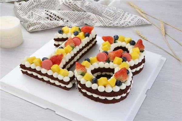 红宝石蛋糕加盟.jpg
