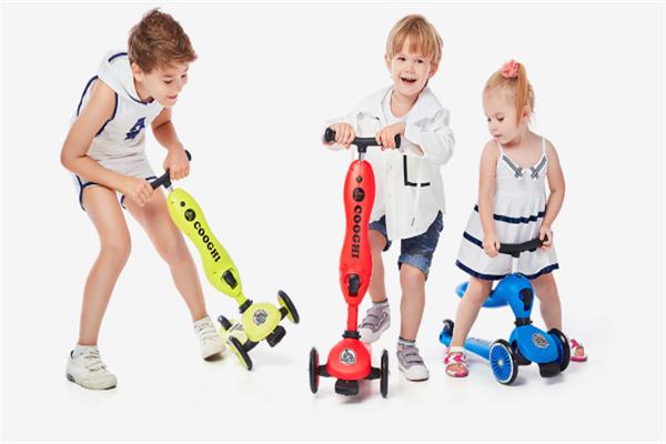 酷玩天下兒童滑板車加盟