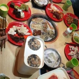 星星草原烤肉火锅加盟