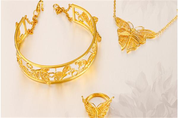 中国黄金珠宝选择多