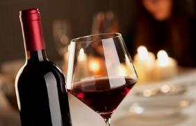 加枫红酒业加盟
