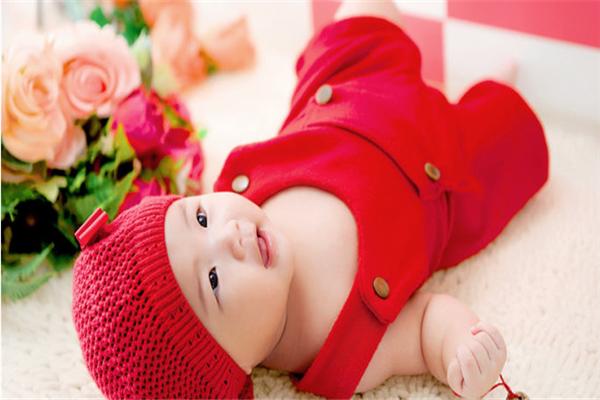 愛丫丫嬰兒用品加盟
