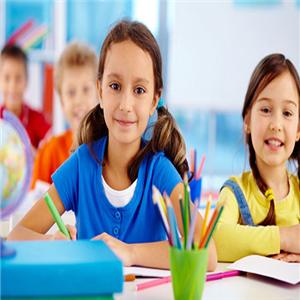 燕定美中教育加盟圖片
