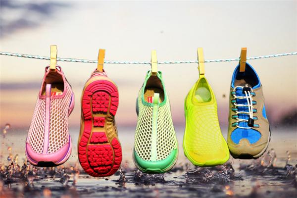 鞋子3.png