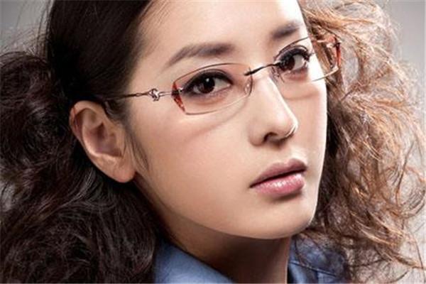 眼镜2_副本.jpg