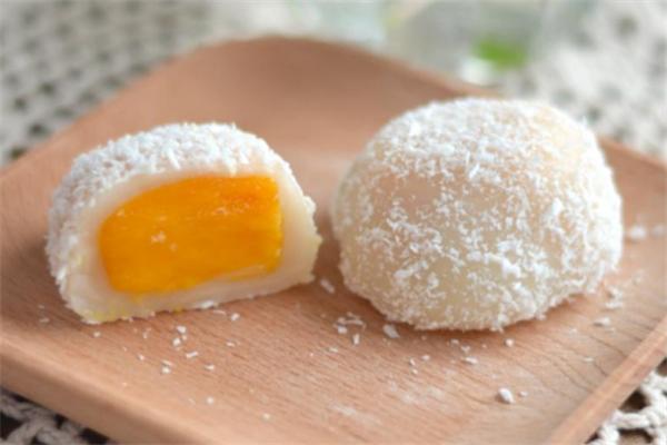 白小樣鮮果糯米糍加盟