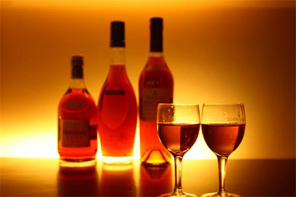 艾利菲進口紅酒加盟