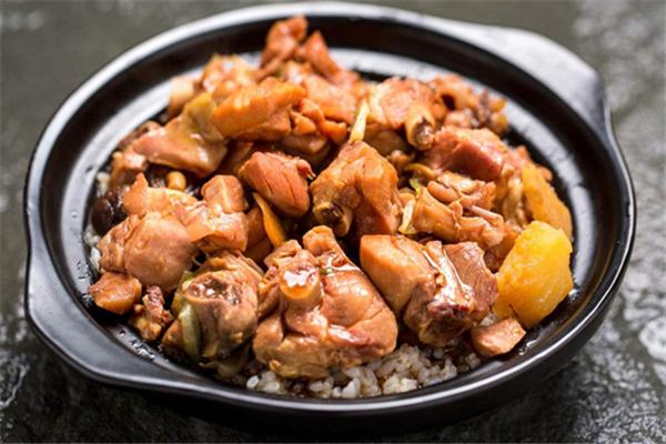 周文斌砂鍋雞米飯加盟