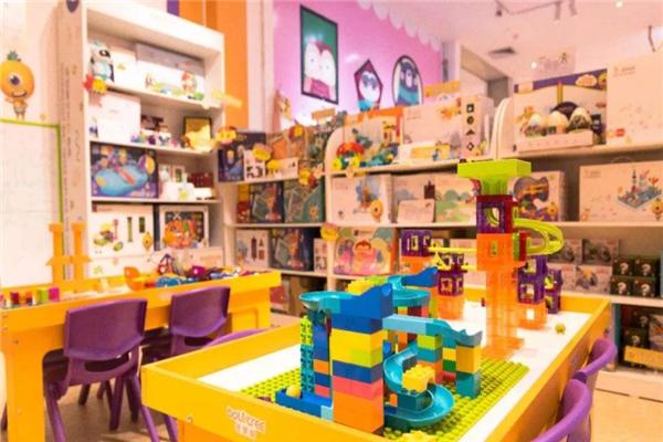 智慧樹益智玩具體驗館加盟