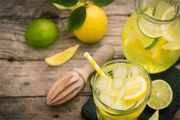啊爆檸檬茶加盟