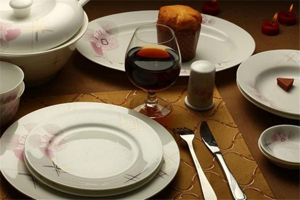 陶瓷餐具加盟
