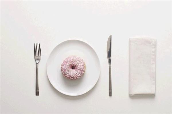 三餐福一次性水晶餐具加盟