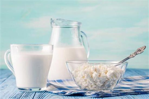 优生活羊奶专卖店加盟