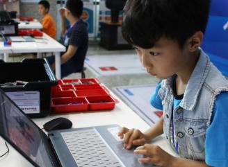 卡乐思机器人教育加盟