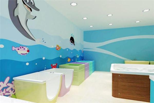 微宝宝婴儿游泳馆在业内颇具名气