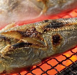 秦小鱼烤鱼饭加盟图片