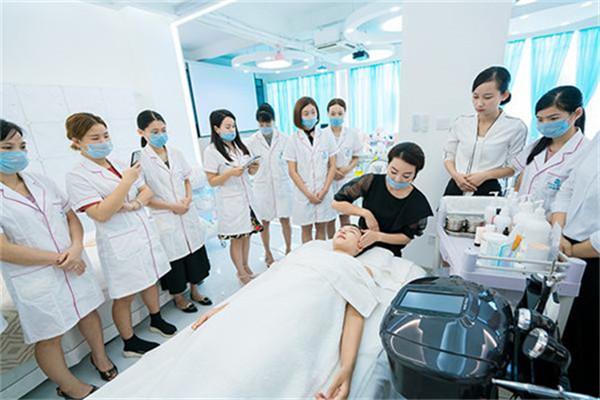 巧護士皮膚管理中心加盟